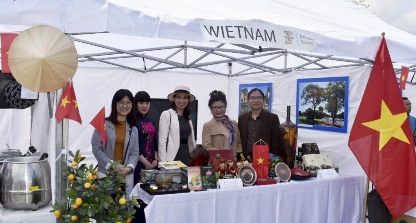 Quảng bá văn hóa Việt Nam tại Ba Lan
