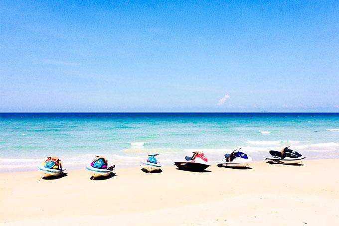 Trải nghiệm thú vị với môn thể thao trên biển ở Khánh Hòa
