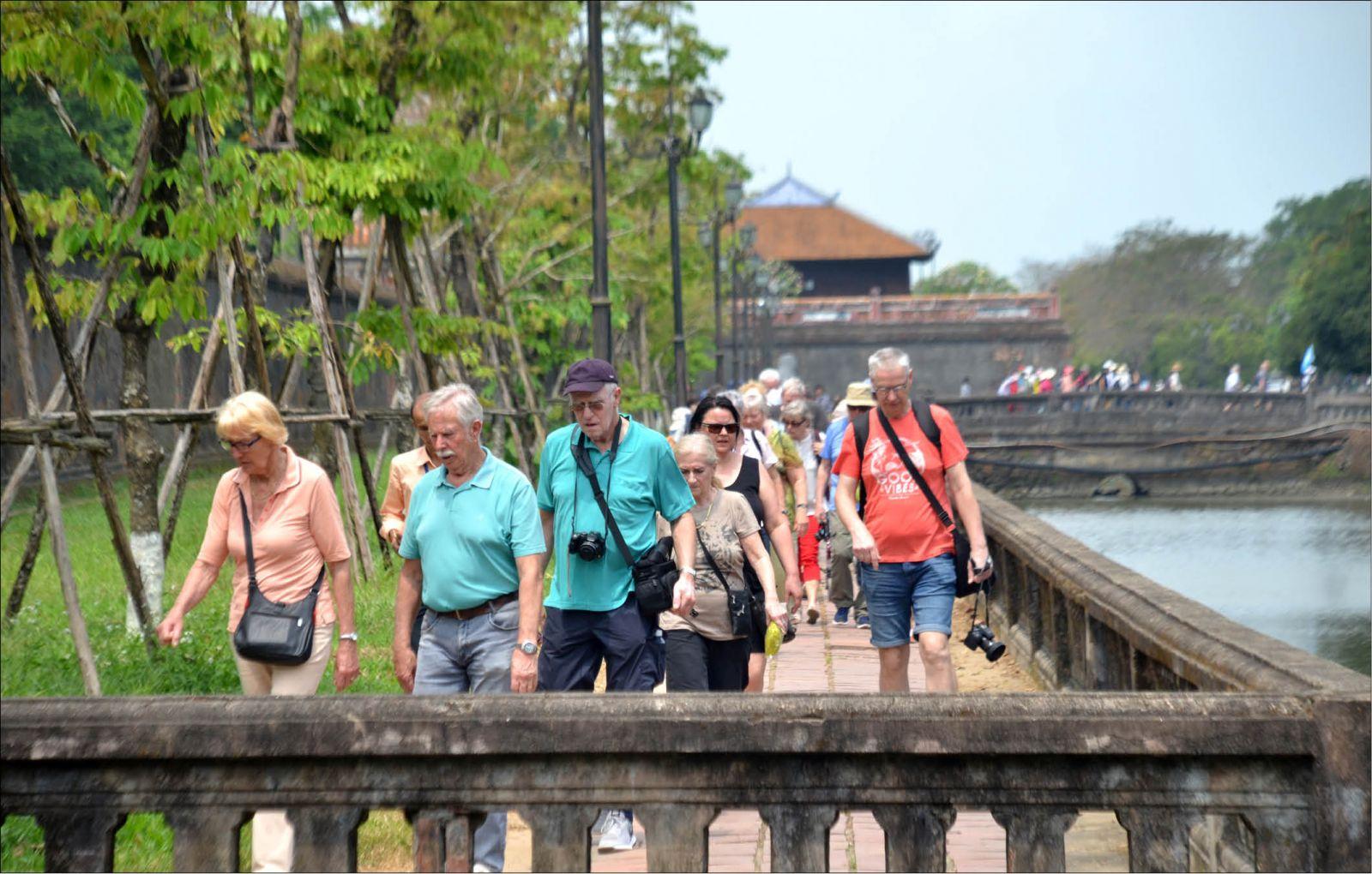 Vietravel Airlines đóng trụ sở chính ở Huế: Cơ hội lớn cho ngành du lịch