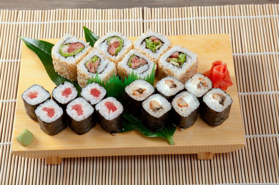 Thưởng thức ẩm thực đặc sắc chỉ có tại  Hàn Quốc và Nhật Bản