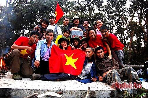 Chinh phục đỉnh Pu Xai Lai Leng Tây Nam Xứ Nghệ