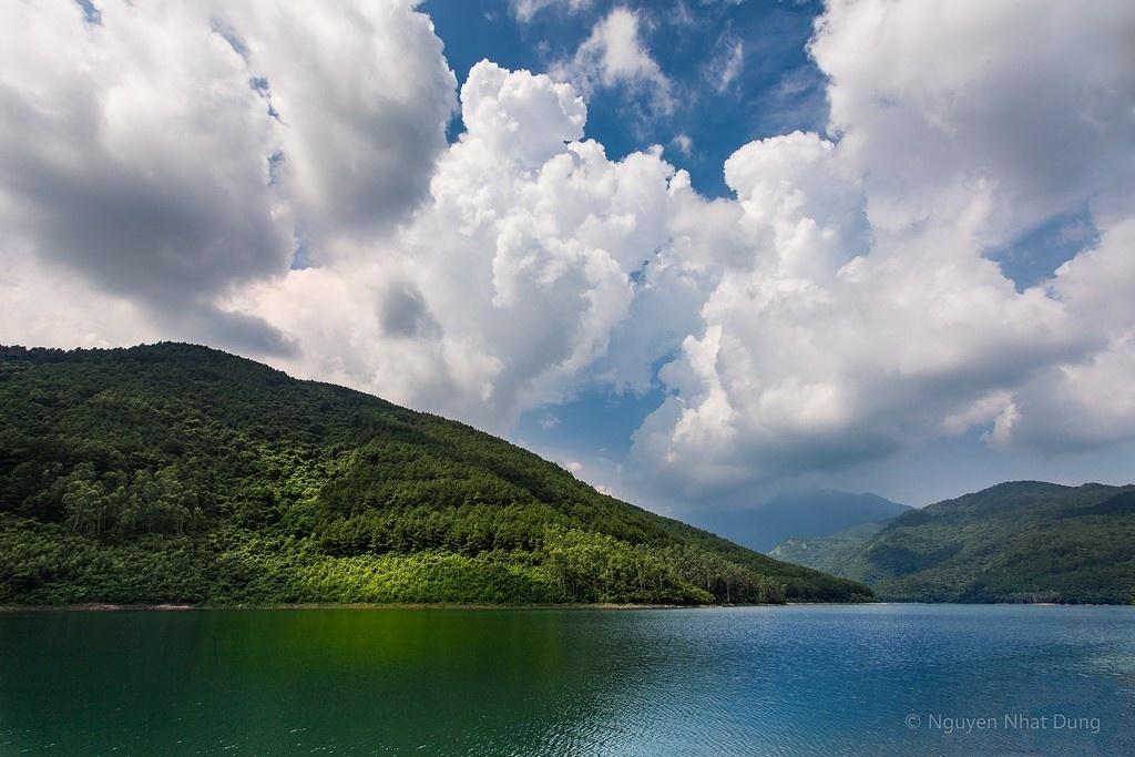 Thưởng ngoạn cảnh đẹp hồ Xạ Hương Tam Đảo – Vĩnh Phúc