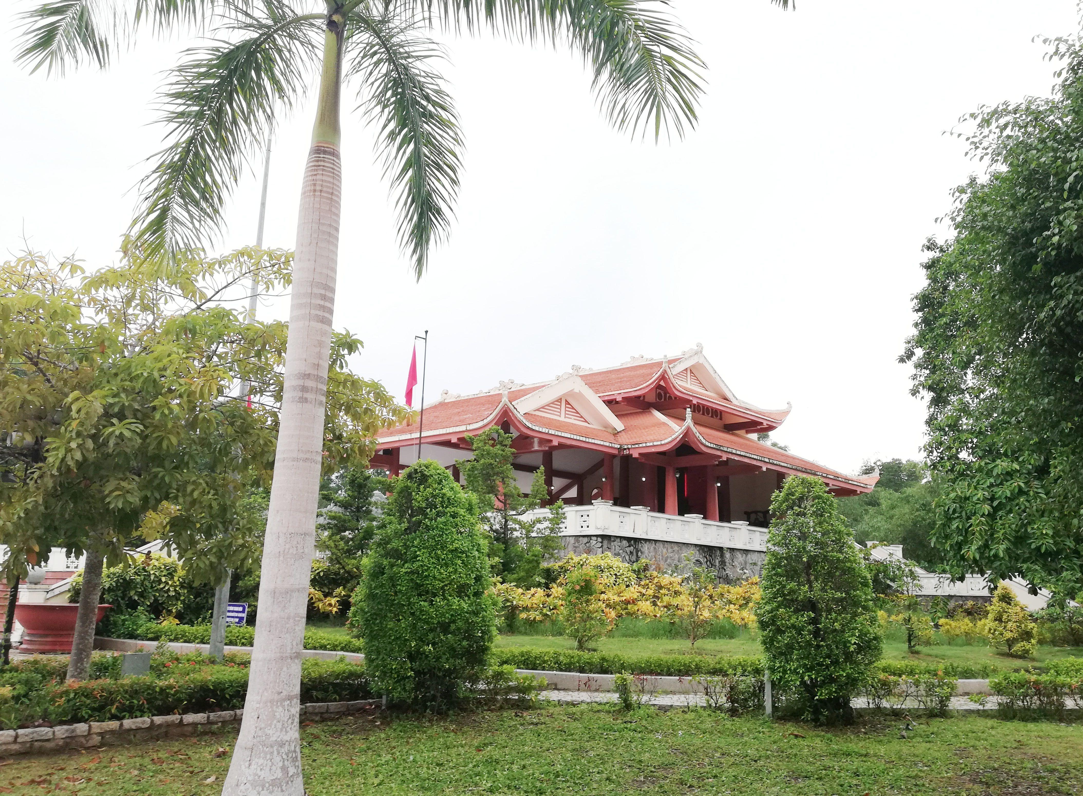 Khu tưởng niệm Bác Hồ ở Cà Mau – Điểm đến lý tưởng