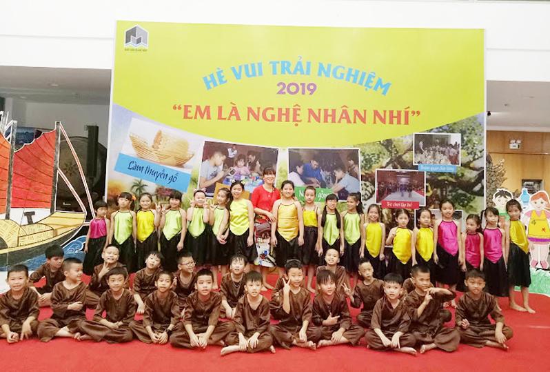 """Bảo tàng Quảng Ninh """"hút"""" khách nhí trải nghiệm hè"""