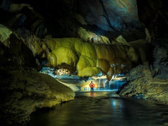 Đánh thức tiềm năng du lịch mạo hiểm của Quảng Bình