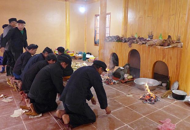 Độc đáo lễ cúng thần rừng của người Nùng Hoàng Su Phì