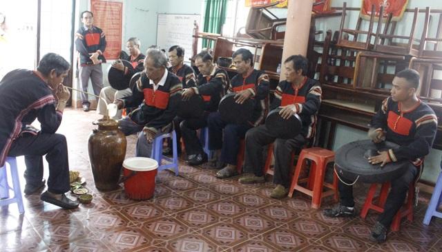 Đắk Lắk: Hai đội cồng chiêng tiêu biểu được công nhận cấp thành phố