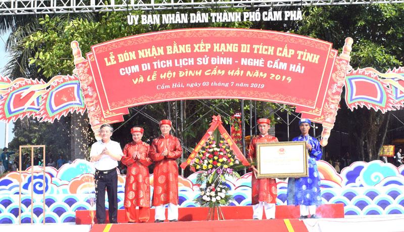 Đình - nghè Cẩm Hải (Quảng Ninh) đón bằng xếp hạng di tích cấp tỉnh