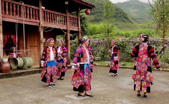 Sẵn sàng cho Ngày hội văn hóa dân tộc Lô Lô