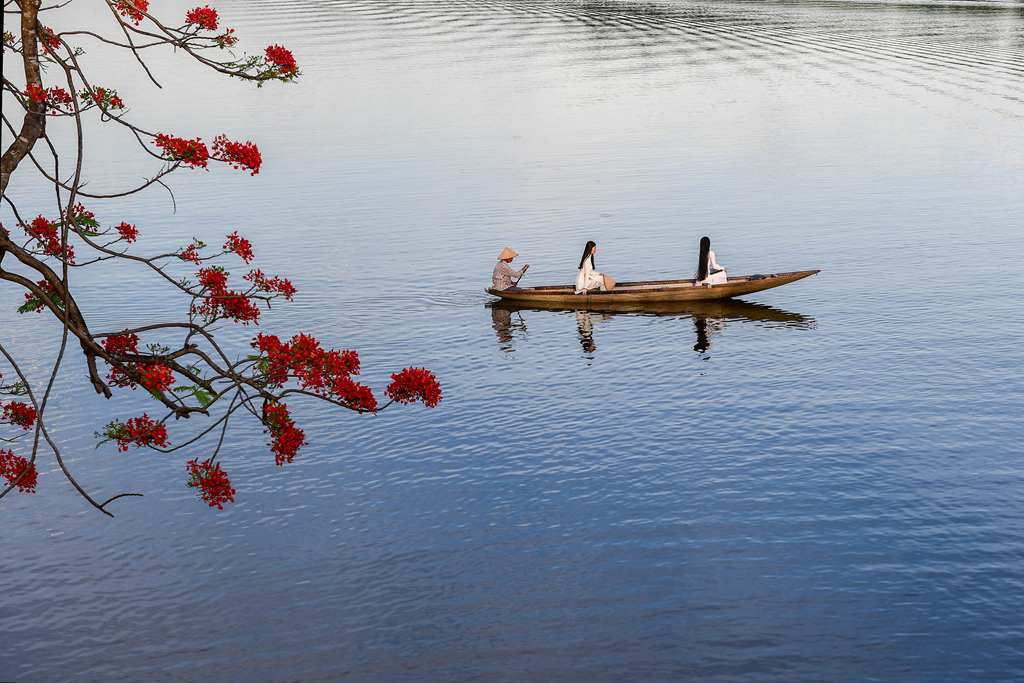 Quyến rũ vẻ đẹp của dòng sông Hương xứ Huế
