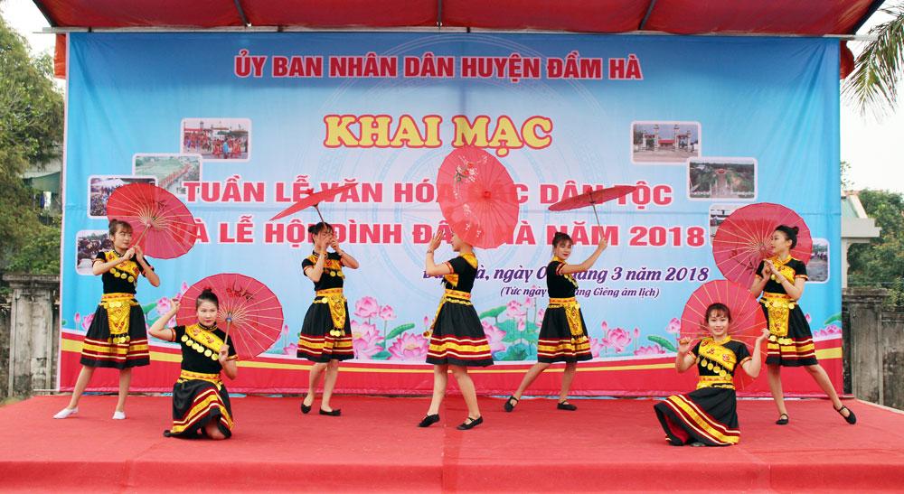 Đầm Hà giữ gìn, phát huy các giá trị văn hóa truyền thống