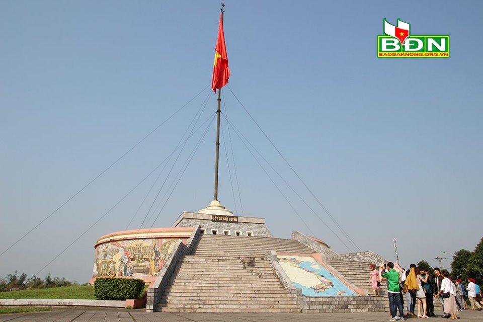 Di tích lịch sử Quốc gia đặc biệt đôi bờ Hiền Lương - Bến Hải (Quảng Trị)