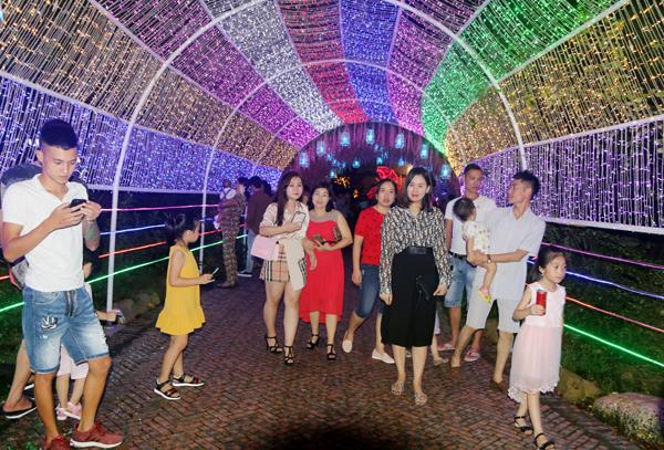 Khai mạc Lễ hội hoa và ánh sáng năm 2019 tại Khu du lịch Quảng Ninh Gate