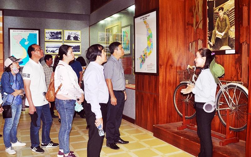 Tây Ninh xây dựng du lịch thành ngành kinh tế mũi nhọn