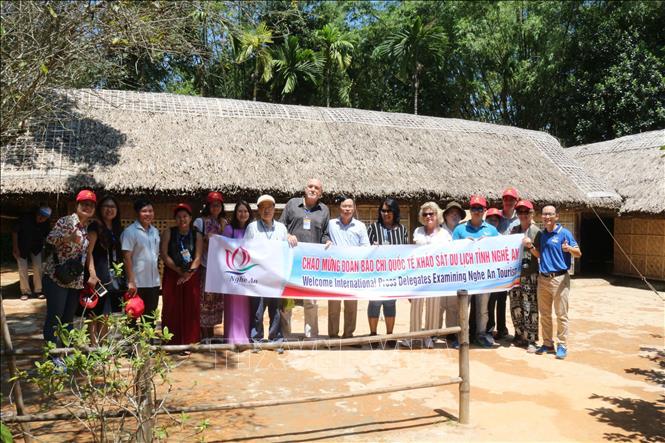 Đoàn nhà báo quốc tế ấn tượng với chuyến khảo sát du lịch Nghệ An