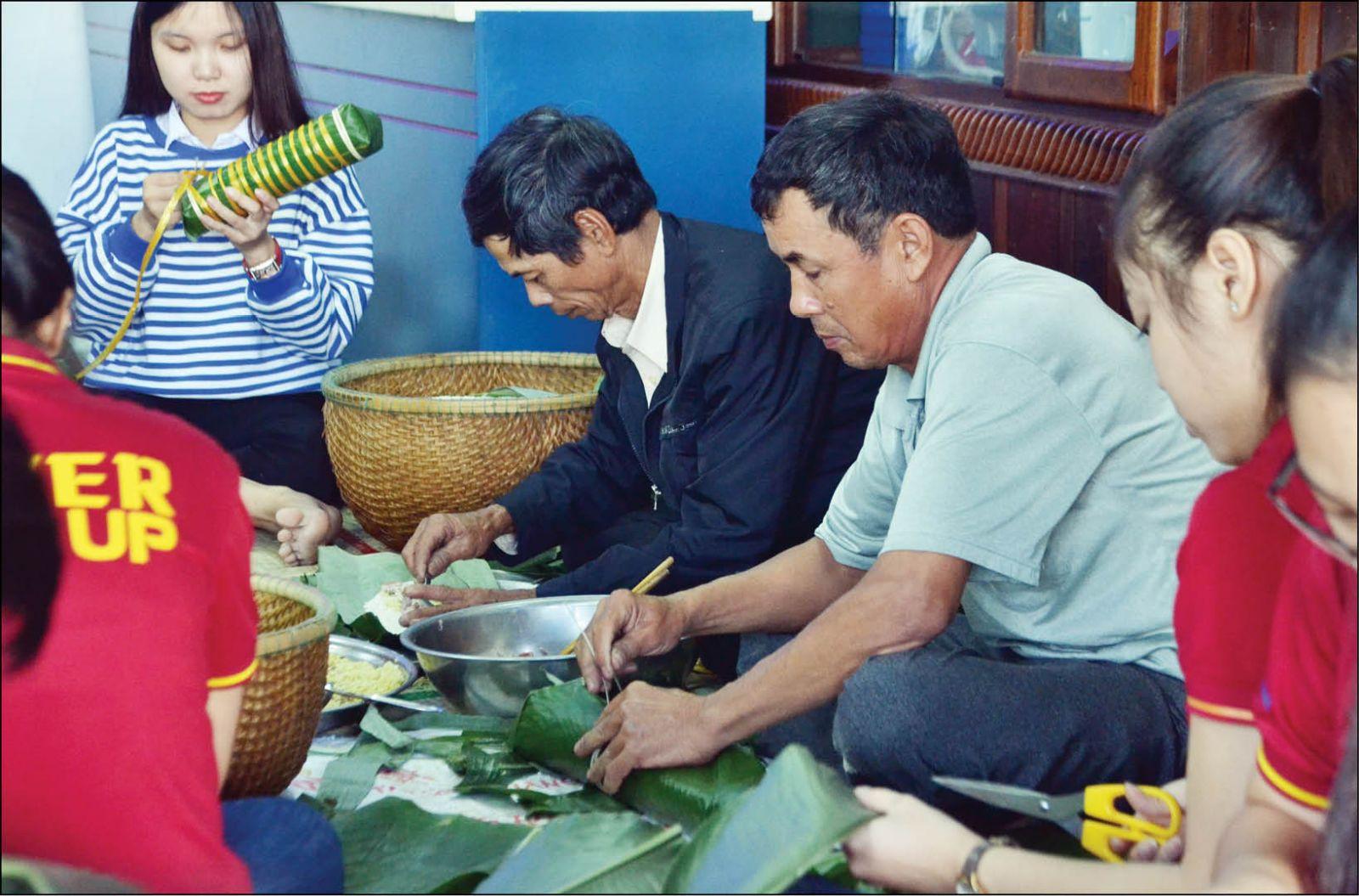 Thừa Thiên Huế: Đa dạng tour du lịch tết
