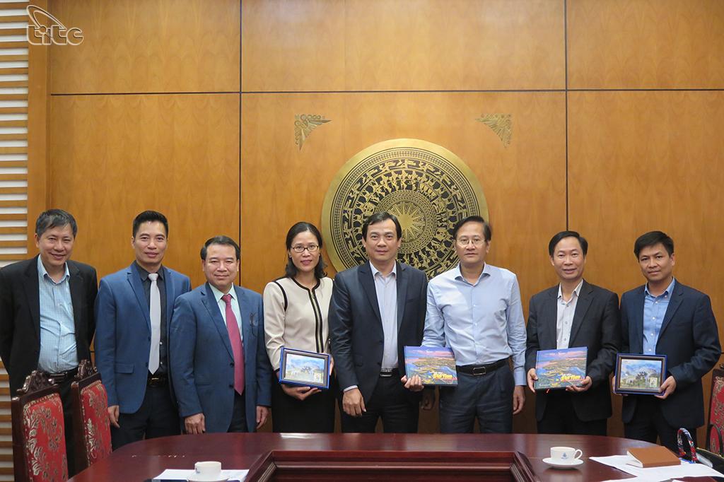Tổng cục trưởng đề nghị các Đại sứ Việt Nam tại Bắc Âu hỗ trợ quảng bá thu hút khách đến Việt Nam