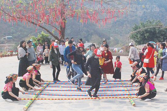 Mộc Châu (Sơn La): Xây dựng văn hóa bản địa trở thành sản phẩm du lịch thế mạnh