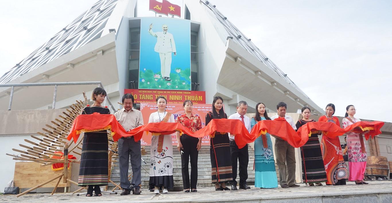 Trưng bày Văn hóa Cồng chiêng Tây Nguyên tại Ninh Thuận