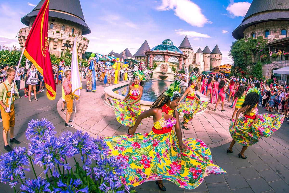 Tổng cục Du lịch tăng cường hợp tác với Tổng cục Quản lý thị trường để đảm bảo quyền lợi khách du lịch