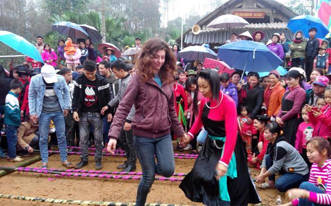 Yên Bái: Phát triển du lịch cộng đồng vùng Đông hồ Thác Bà