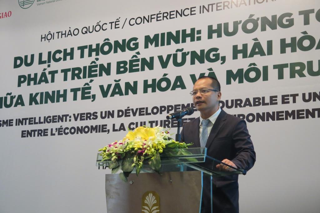 Tổng quan du lịch thông minh ở Việt Nam: Cơ hội và thách thức