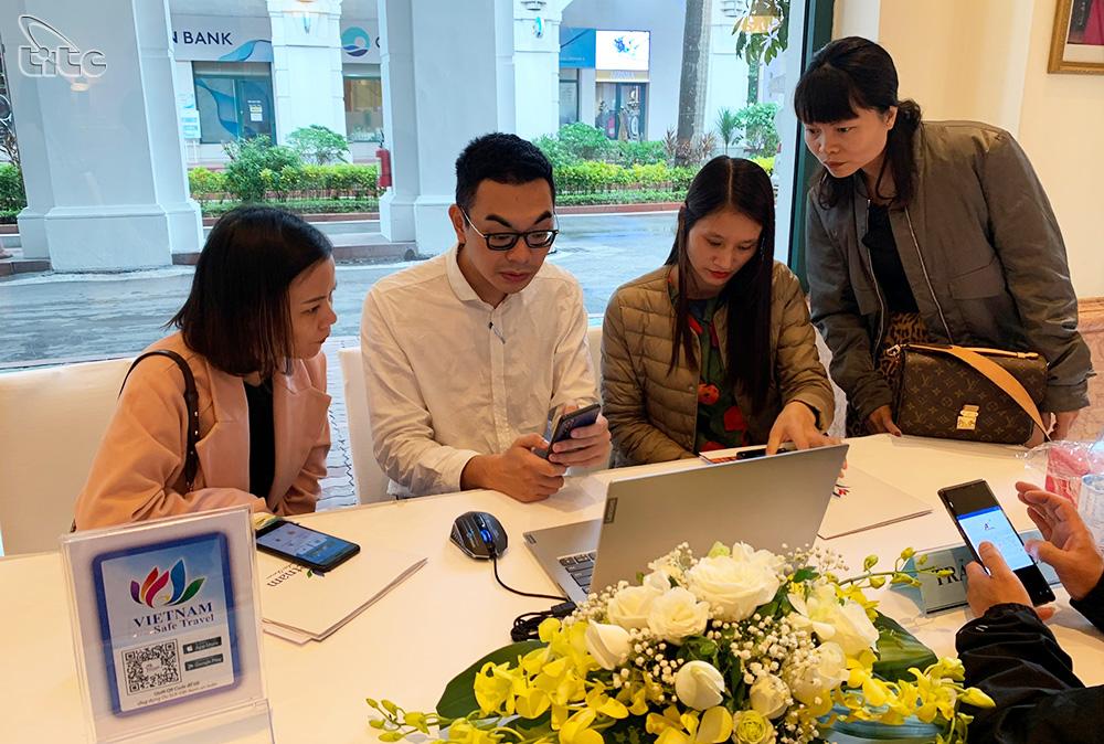 """Bảo đảm quyền lợi du khách với tính năng phản hồi trên ứng dụng """"Du lịch Việt Nam an toàn"""""""