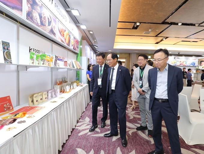 Nhiều trải nghiệm hấp dẫn, mới mẻ tại lễ hội ẩm thực Việt - Hàn 2020