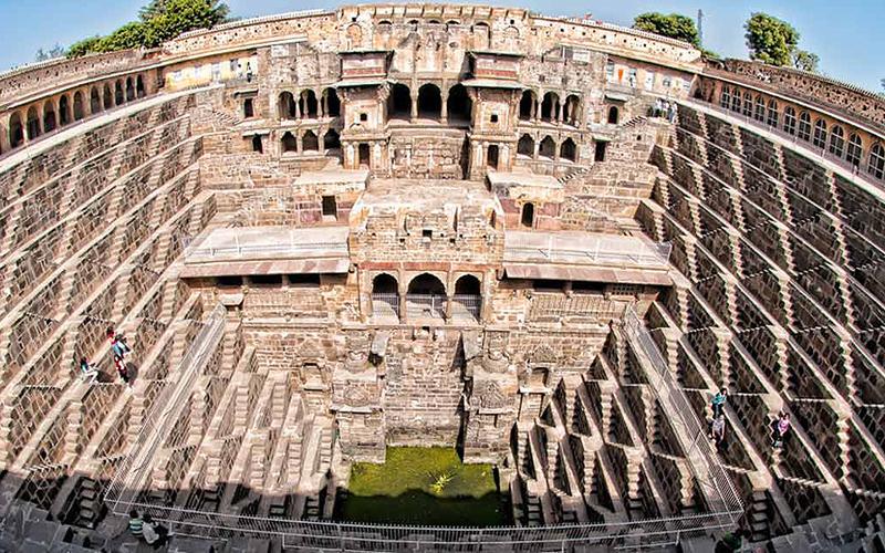 Độc đáo giếng bậc thang cổ ở Ấn Độ