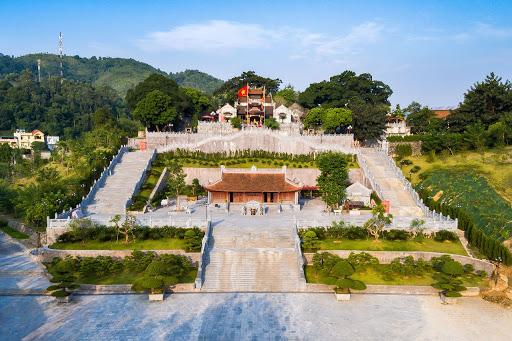 Khám phá ngôi đền độc đáo bậc nhất vùng Đông Bắc