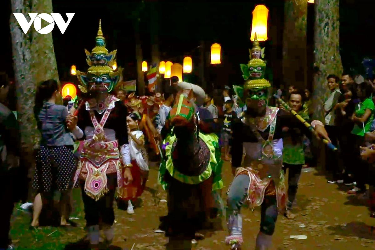 Tuần lễ Văn hóa, Du lịch gắn với Lễ hội Ok Om Bok đã sẵn sàng