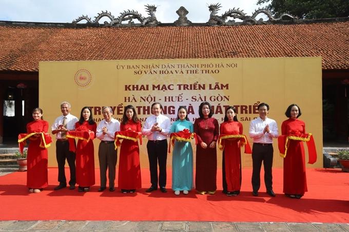 """Triển lãm về """"Hà Nội - Huế - Sài Gòn: Truyền thống và phát triển"""""""