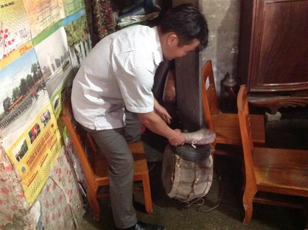 Tù và - nhạc cụ truyền thống của người Dao