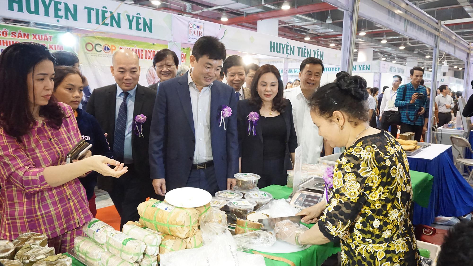 Quảng Ninh: Gắn kết nông sản với du lịch