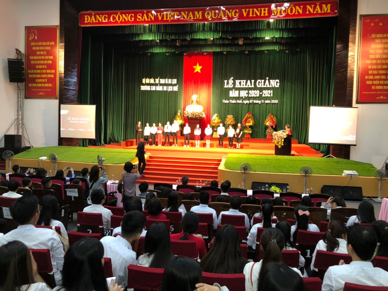 Trường Cao đẳng Du lịch Huế khai giảng năm học 2020 - 2021