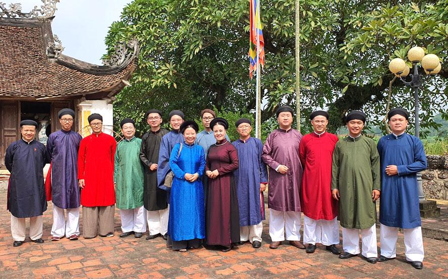 Đẩy mạnh quảng bá di sản áo dài truyền thống tại không gian phố cổ Hà Nội