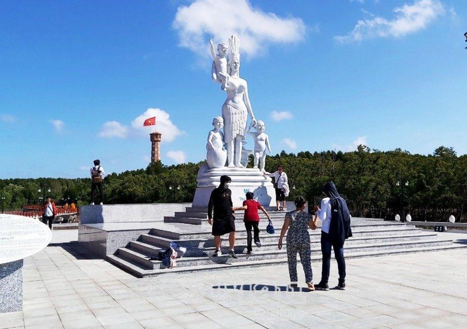 Cà Mau: Xây dựng lễ hội đặc trưng riêng cho từng địa phương