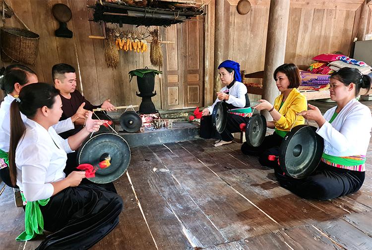 Phát huy giá trị văn hóa dân tộc Mường ở Thanh Sơn (Phú Thọ)