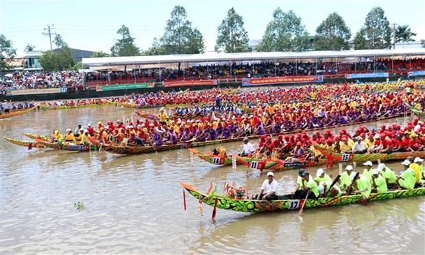 Đua ghe Ngo - nét văn hóa đặc sắc của đồng bào Khmer Nam Bộ