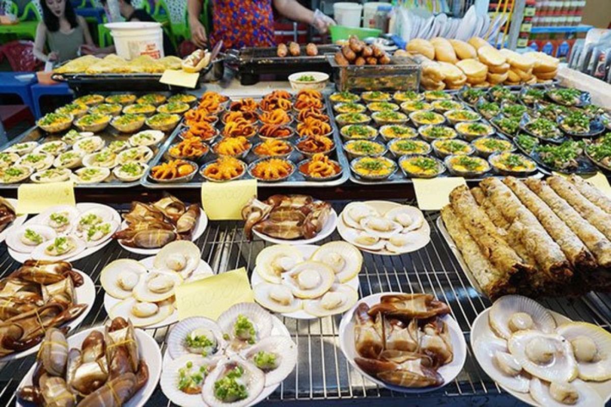 Chợ đêm Phú Quốc - Điểm đến không thể bỏ qua