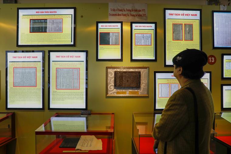 Tham quan không gian trưng bày và bảo quản Mộc bản Triều Nguyễn ở Đà Lạt