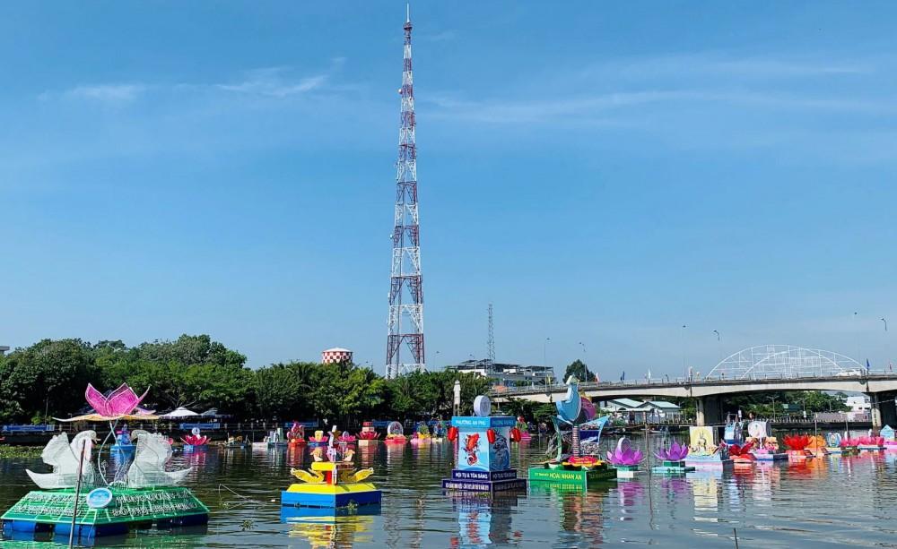 Ngày hội du lịch - Đêm hoa đăng Ninh Kiều năm 2020: Nhiều điểm mới và hấp dẫn