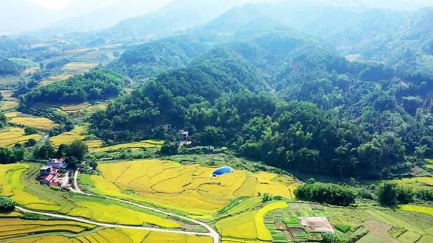 Quảng Ninh: Khám phá vùng đất hoang sơ vùng biên Bình Liêu