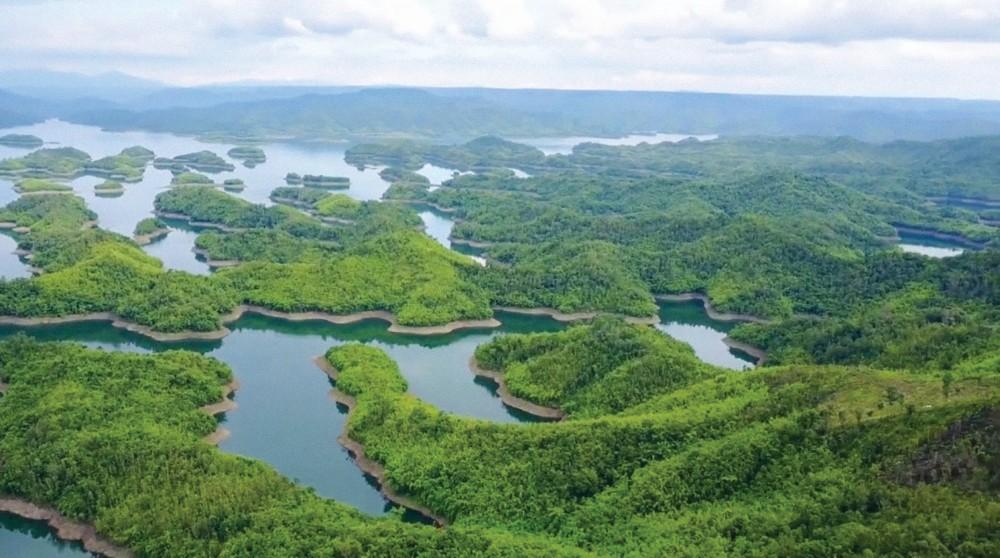 Tà Đùng (Đắk Nông) - Biển hồ trên núi