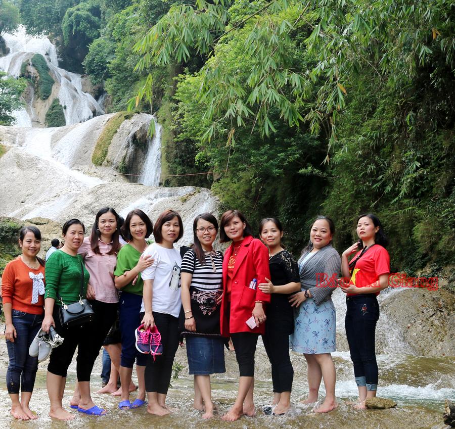 Thác Nặm Tạu (Hà Giang) điểm du lịch hấp dẫn