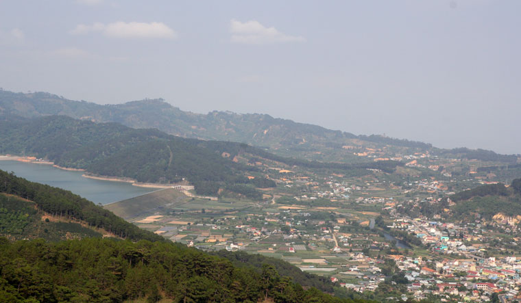 Ngẩn ngơ thị trấn cổ D'ran (Lâm Đồng)