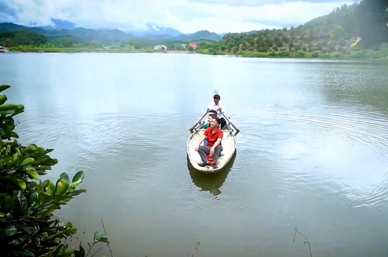 Hồ Khởn - điểm du lịch sinh thái hấp dẫn ở Tuyên Quang