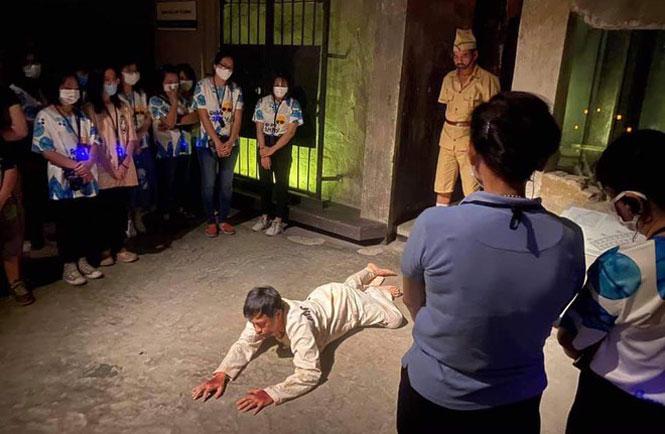 Tour đêm của di tích Nhà tù Hỏa Lò là mô hình điểm có tính lan tỏa