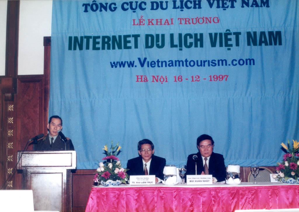 Tổng cục Du lịch: Đi đầu tiếp cận Internet ở Việt Nam cho đến thúc đẩy chuyển đổi số lĩnh vực du lịch trong tình hình mới