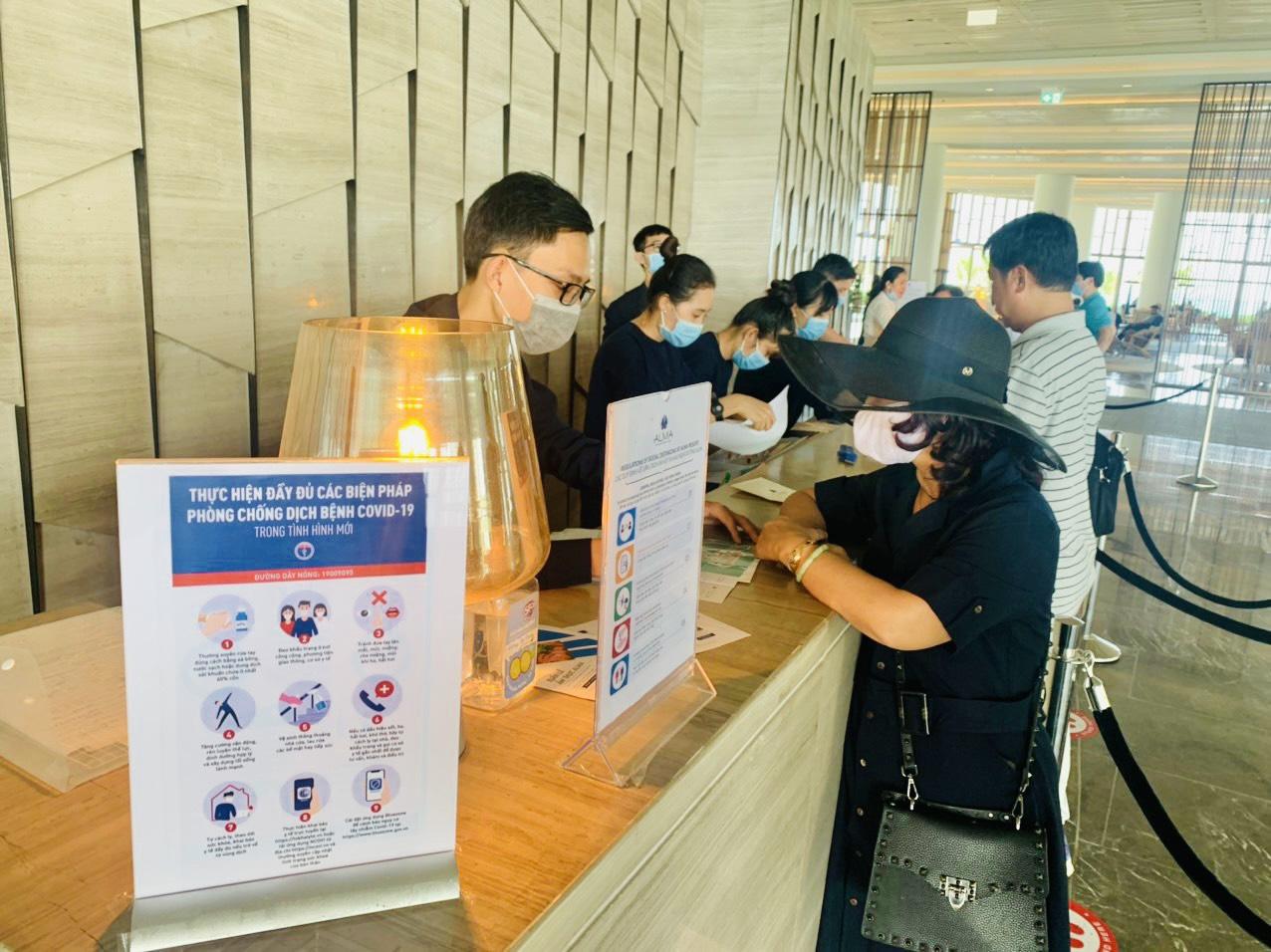 Khánh Hòa: Sẽ xử lý các cơ sở lưu trú không triển khai đăng ký an toàn Covid-19